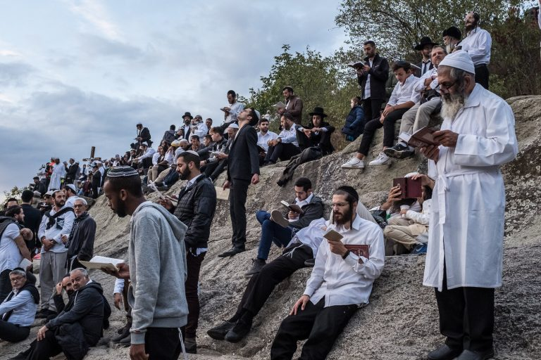 Read more about the article Thousands expected to arrive in Uman in the coming weeks. Rabbi of Uman: Follow all the rules!