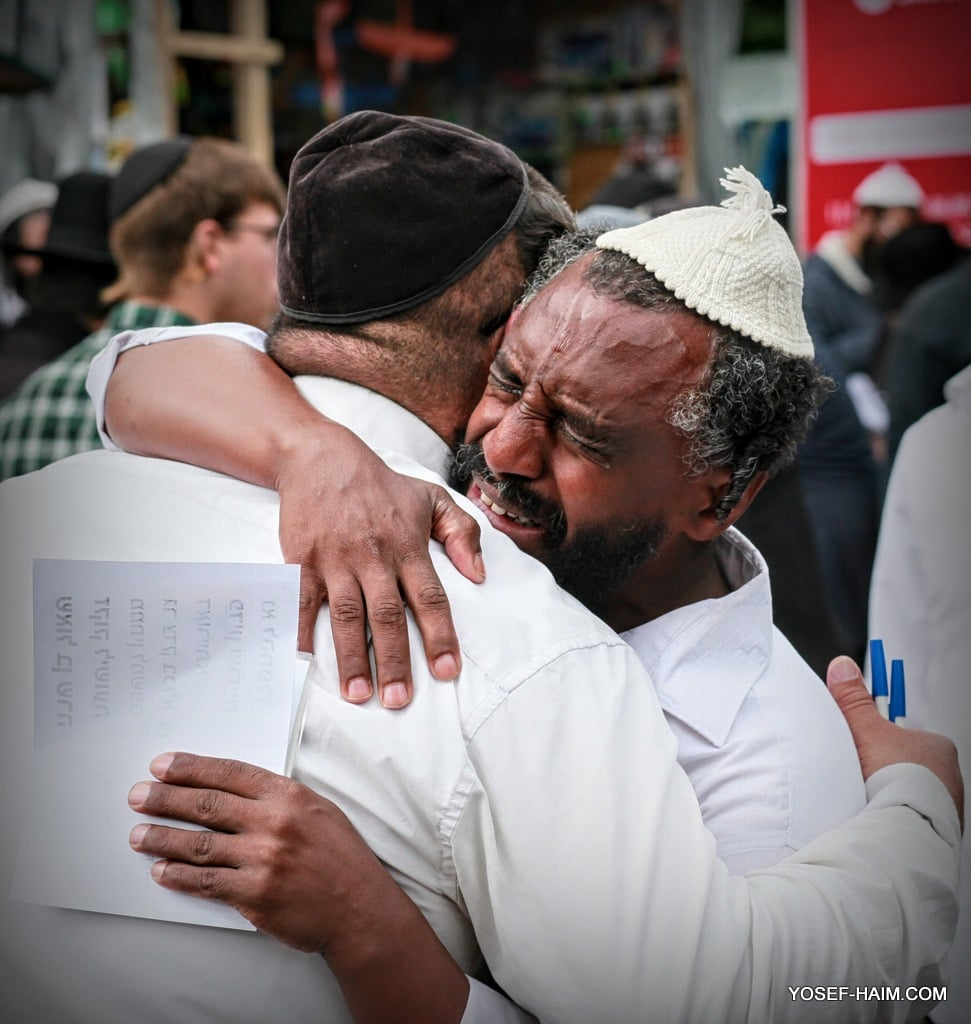 You are currently viewing amazing photos from Uman Rosh Hashanah 2021